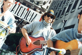 Street musicians using Lectrosonics Mouse amplifier
