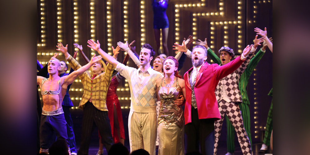 Paramour-Hits-the-Broadway-Stage-with-Lectrosonics